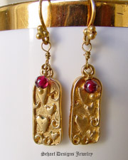 Garnets & 22kt gold vermeil Hearts Dangle Earrings | Schaef Designs artisan handcrafted gemstone & pearl earrings | online upscale jewelry boutique | San Diego, CA